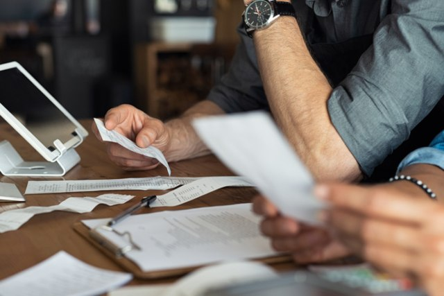 How Small Business Contract Lawyers Can Help You